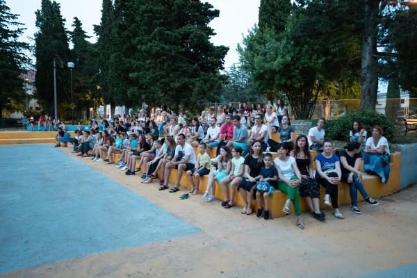 """Predstava """"Mi djeca s kolodvora ZOO"""" oduševila posjetitelje"""